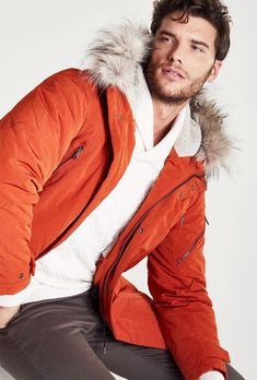 IKKS tackles winter weather with a new outing dedicated to its men's outerwear. Blue Parka, The Fashionisto, French Models, Winter Jackets, Men's Jackets, Men's Collection, Hooded Jacket, Leather Jacket, Mens Fashion