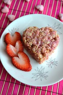 Growing Up Veg: Gluten-free Strawberry Coconut Rice Krispy Treats