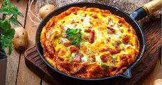 Pommes de terre au four - Tasties Foods Omelettes, Quiche Lorraine, Goodies, Menu, Cooking, Breakfast, Food, Fondue Raclette, Hamburger