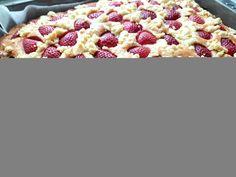 Ciasto widelcem mieszane z owocami i kruszonką Pepperoni, Raspberry, Cereal, Pizza, Fruit, Breakfast, Food, Breakfast Cafe, Essen
