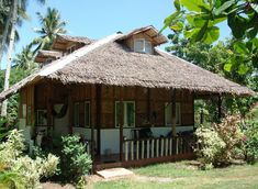 Native House Design Sawali Second Floor Philippines . Native House Design Sawali Second Floor Philippines . Difference Between the Traditional and Modern Bahay Kubo House Window Design, Bamboo House Design, Wooden House Design, House Ceiling Design, Simple House Design, Bahay Kubo Design Philippines, Modern House Philippines, Hut House, Farm House