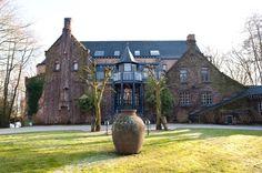 Di Coylde, Beernem (West-Vlaanderen) Wedding Ideas, Mansions, House Styles, Home Decor, Decoration Home, Manor Houses, Room Decor, Villas, Mansion