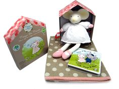 Beautiful Baby Gift Pack Pink Baby Essentials, Recycled Materials, Baby Gifts, Recycling, Lunch Box, Packing, Gift Wrapping, Children, Classic