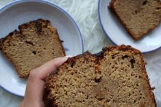 Apple And Almond Cake, Almond Cakes, Un Cake, Banana Bread, Sugar, Desserts, Food, Chocolate Morsels, Almond Flour