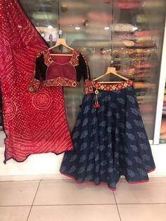 Order contact my WhatsApp number 7874133176 Chaniya Choli Designer, Garba Chaniya Choli, Garba Dress, Navratri Dress, Choli Blouse Design, Saree Blouse Neck Designs, Choli Designs, Girls Western Wear, Chanya Choli