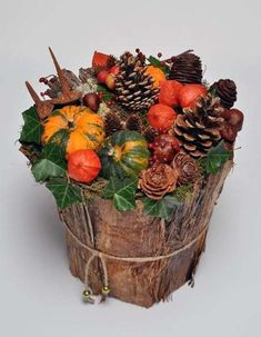 осенние композиции из цветов Simple Flowers, Fall Flowers, Thanksgiving Decorations, Christmas Decorations, Everyday Centerpiece, Fall Flower Arrangements, Autumn Crafts, Arte Floral, Autumn Inspiration