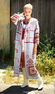 Crochet Granny Square Jacket C Crochet Coat, Crochet Jacket, Crochet Cardigan, Long Cardigan, Crochet Clothes, Moda Crochet, Crochet Granny, Cardigan Pattern, Mode Hijab