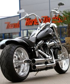 Harley-Davidson Fat Boy customized