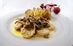 Chanterelles et boudin blanc, sauce au foie gras Sauce Au Foie Gras, Le Boudin, Garlic, Vegetables, Cooking, Ethnic Recipes, Kitchen, Eating Clean, Baked Potatoes