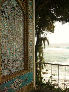 photo I took at Doris Dukes home, Shangri La...known for all the Islamic Art, like this beautiful piece.