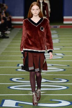 Tommy Hilfiger - Fall 2015 Ready-to-Wear - Look 12 of 51
