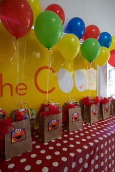 Sesame Street Elmo Theme Kids Birthday. Love the favors with balloons