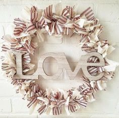 DIY Shabby Farmhouse Heart Rag Wreath Valentine's Day Wreath - - Looking for easy and inexpensive farmhouse style Valentine's Day Decor? Check out this beautiful DIYShabby-Farmhouse Heart Rag Weath tutorial! Valentine Day Wreaths, Valentine Day Love, Valentines Day Decorations, Valentine Day Crafts, Valentine Ideas, Valentine Party, Printable Valentine, Valentine Nails, Homemade Valentines