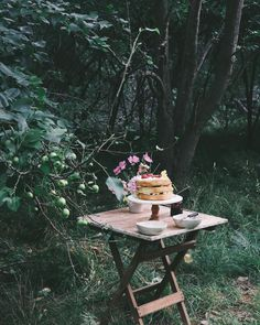 Grandma's orchard is my new favourite place to have a picnic 🍃 Yom Teruah, Fika, High Tea, Picnics, Places, Outdoor Decor, Instagram, Tea, Tea Time