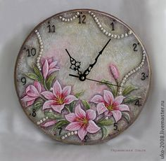Handmade. Clock Art, Diy Clock, Sculpture Painting, Tole Painting, African Art Paintings, Plaster Art, How To Make Clay, Cool Clocks, Tile Crafts