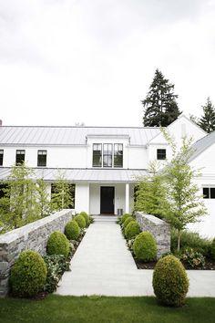 modern-farmhouse-design-ben-trogdon-architects-42-1-kindesign