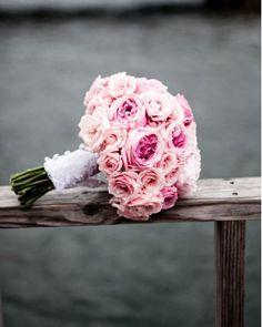 bouquet de noiva peonies and garden roses