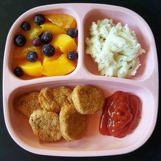 Tonight's dinner for the kiddos. Hubby and I are waiting on Chinese delivery . Baby boy and baby girl are having chicken nuggets, leftover mashed potatoes from last night, peaches and frozen blueberries. Healthy Toddler Breakfast, Healthy Toddler Meals, Toddler Lunches, Kids Meals, Daycare Meals, Baby Meals, Toddler Food, Breakfast Ideas, Baby Food Recipes