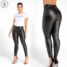 La texturas tipo cuero están disponibles para ti. Haz clic en la imagen y compra online>>> Leather Pants, Fashion, Shopping, Vestidos, Underwear, Leather, Pants, Women, Leather Jogger Pants