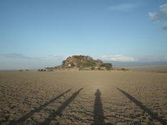 Olduvai lodge  Tanzanie  Un camp de tentes au milieu de la plaine...