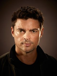 "Karl Urban plays a part-machine cop paired with a part-human robot in FOX's ""Almost Human"""