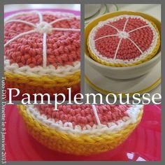 FREE PATTERN ~ WRITTEN IN FRENCH ~ @ http://stecolargol.over-blog.com/article-pamplemousse-dinette-au-crochet-tuto-diy-114162215.html GRAPEFRUIT-