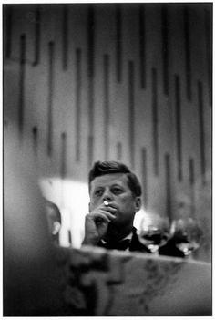 Elliott Erwitt, 'John F Kennedy, Los Angeles, California', Image courtesy of Beetles+Huxley. John F Kennedy, Elliott Erwitt Photography, Photographer Portfolio, Documentary Photographers, Magnum Photos, Jfk, Old Photos, Portrait Photography, White Photography
