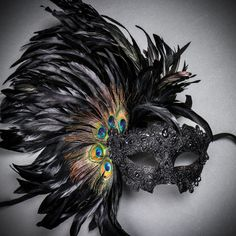 Luxury traditional Venetian carnival mask for women - black Get your feather mask stand out with this new creative and fashionable style from the Venetian Party Masquera Masquerade Party Outfit, Masquerade Ball Costume, Mardi Gras Costumes, Carnival Costumes, Masquerade Masks, Venetian Carnival Masks, Venetian Masquerade, Mascarade Mask, Cooler Stil