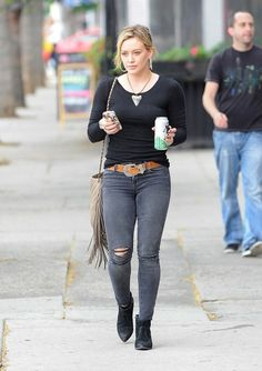 Mike Comrie Photos - Hilary Duff Shooting Her Music Video For 'All About You' - Zimbio