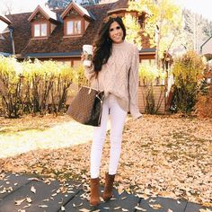 """THE SWEETEST THING / Emily (@emilyanngemma) """"White denim during the fall & winter...🙌🏽🍁🍂 All details: http://liketk.it/2puJT #liketkit…"""""""