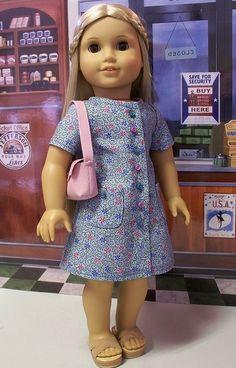 A-line dress and shoulder bag for Julie 1974 | Flickr - Photo Sharing!