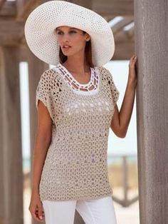 FREE Katia Top pattern (Alabama) I would make this longer to be used as a beach cover up.