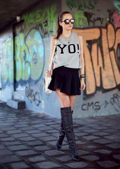 Os 22 Melhores Looks das Blogueiras em Agosto - Oh, Lollas Looks trabalho. Look do dia: blogueiras, fashionistas e street style nas semanas de moda. #Lookdodia #ootd #Lookdujour #saia #skirt