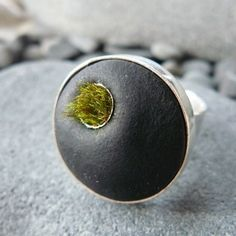 Set in Stone Small Tuft Moss Ring by AdornJewelry on Etsy
