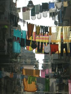 clothes line city, naples