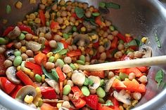 Chick pea cold medly    2 cups frozen corn, defrosted  6 ounces mushrooms, sliced  1 15-ounce can chickpeas, drained and rinsed  1 cup edamame, frozen or fresh and shelled  1 red bell pepper, diced  2 small cloves garlic, minced  1.5 tbsp olive oil  1.5 tbsp apple cider vinegar  1/2 tsp sea salt (I love this!)  1/4 cup shredded fresh basil