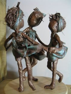Ring a Ring of Roses in Bronze and emerald green colour. Sculpture of Children Dancing, Friendship Sculpture. Made to order Paper Mache Crafts, Wire Crafts, Paper Mache Sculpture, Sculpture Art, African American Figurines, Worry Dolls, Valentines Art, Bronze, Art Lessons Elementary