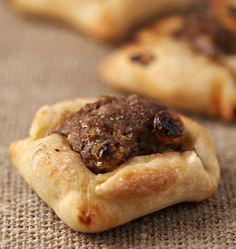 Galettes à la viande, la recette d'Ôdélices : retrouvez les ingrédients, la préparation, des recettes similaires et des photos qui donnent envie !