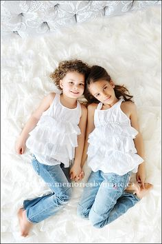 I want a pic just like this with my sister, even though we are way older than these two little sisters.