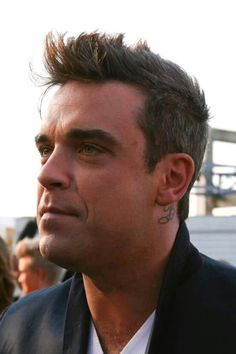 Robbie Williams, Male Beauty, Music Bands, Eye Candy, Take That, Hairstyle, Fancy, Artists, My Love