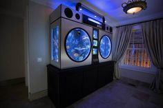 If only I had $1 Million dollars what would I do? Well here are some crazy ideas featuring $1 million dollar customized fish tanks.