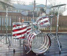 Vintage Ludwig Drum Kit - Vistalite swirl