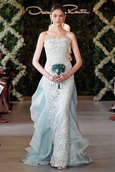 oscar de la renta killing it with a blue wedding gown