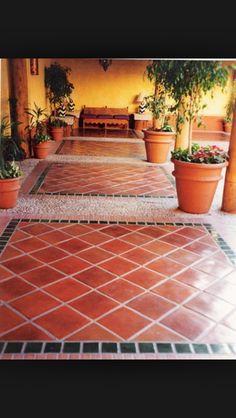C mo limpiar suelos de baldosas de barro cocido en - Azulejos rusticos para patios ...