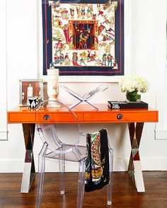 Need a Vitamin C boost? Check out @allison.crawford's customized Channing desk in orange lacquer with polished nickel. Orange Interior, Orange Home Decor, Home Interior Design, Interior Design Inspiration, Luxury Interior, Corporate Office Decor, Office Bar, Office Inspo, Corporate Business