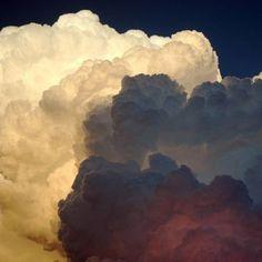 popcorn clouds  Photos © April Cakes  Denver, colorado, USA