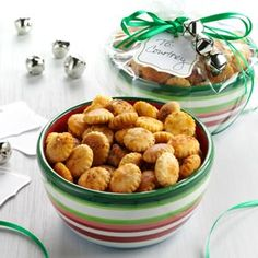 Taco Crackers Recipe from Taste of Home -- One handful of these crispy oyster crackers is never enough! - Diane Earnest of Newton, Illinois