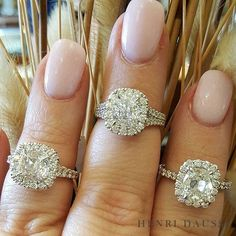 Loving this shot from @rbdallastx! Everything is bigger in Texas, including Henri Daussi! #jewelry #Diamonds #texas #engagementring #love #summer2017