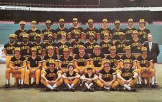 1979 Pittsburgh Pirates - World Series Champions Pittsburgh Pirates Baseball, Pro Baseball, Pittsburgh Sports, 1979 World Series, Pirate Pictures, Mlb Uniforms, Team Photos, Sports Stars, Men Stuff