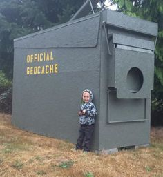 Supersize My Geocache – The Biggest of BIG Caches – The Geocaching Blog